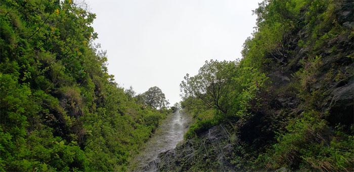 Hiking C-Rider Falls