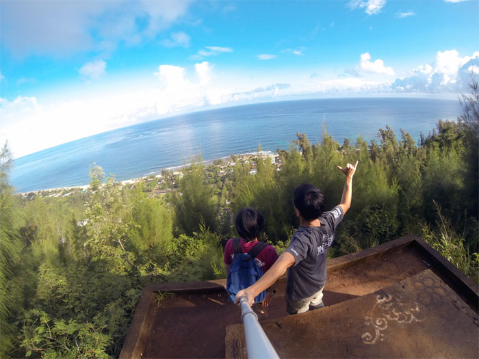 Hiking Ehukai Bunkers (Pillboxes)