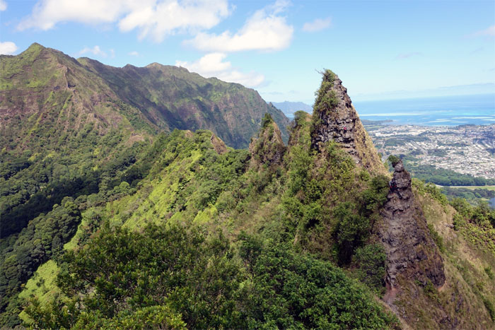 Hiking Haiku Stairs to Kalihi Saddle to Mo'ole Falls