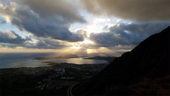 Hiking Kulana'ahane to Makapu'u
