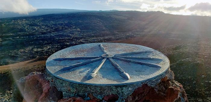 Hiking Mauna Loa Trail