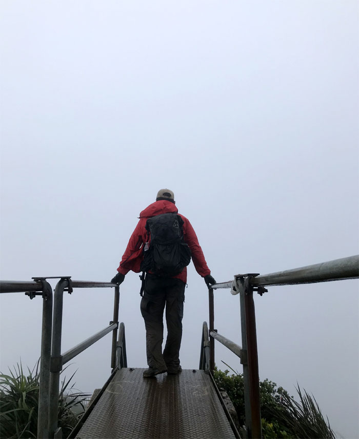Hiking Pali Puka to Stairway to Heaven