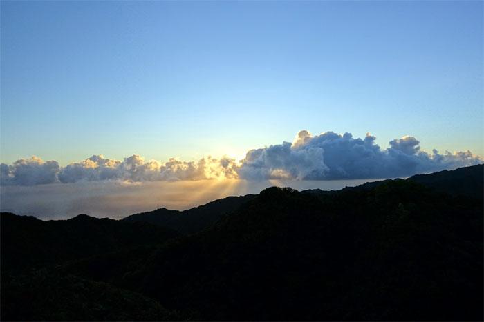 Hiking Pupukea to Waiahole Uka