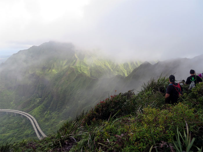 Hiking Aiea Ridge to Red Hill Ridge (Stairway to Hell)