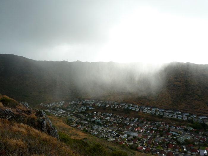 Rain over Kamiloiki Valley