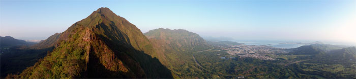 The trail to Lanihuli