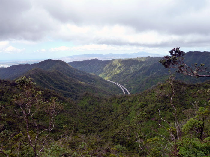H3 through Halawa Valley