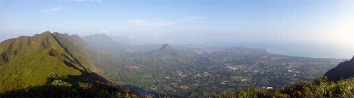 Panoramic view of the Windward side from Pu'u O Kona