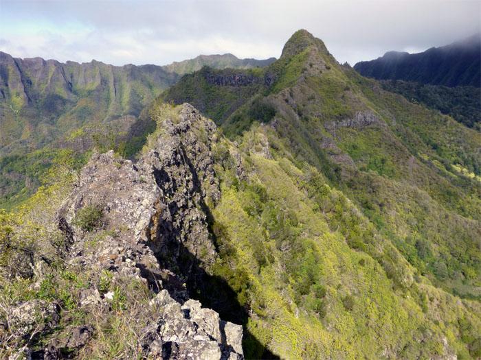 The ridge to No Name Peak