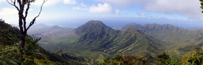 Panoramic view from top of Ka'ala trail
