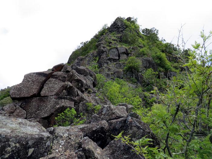 Jigsaw rocks