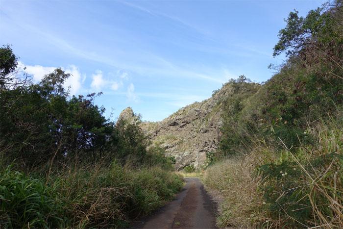 Kolekole Pass Road