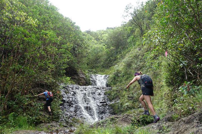 Synchronized hiking