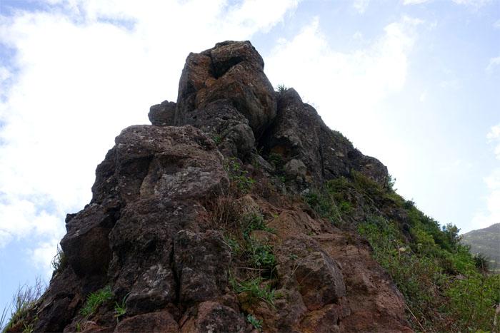 Contour or climb?