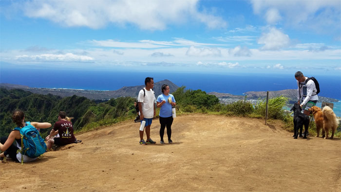 Kuli'ou'ou Summit