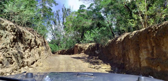 Maunahui-Makakupa'ia Trail