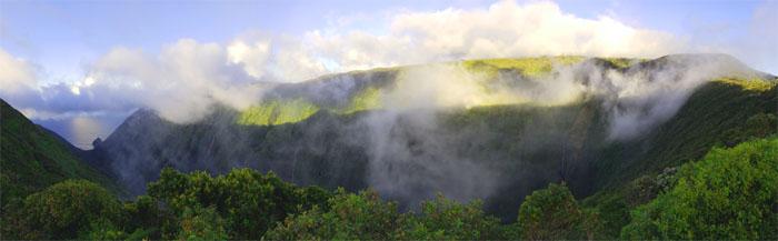 Waikolu Lookout