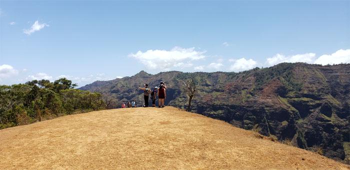 Waipo'o Falls Trail