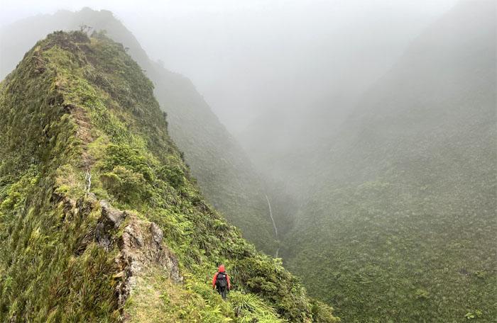 Moanalua Saddle